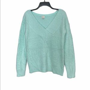 A New Day Fuzzy V-neck Sweater in Mint